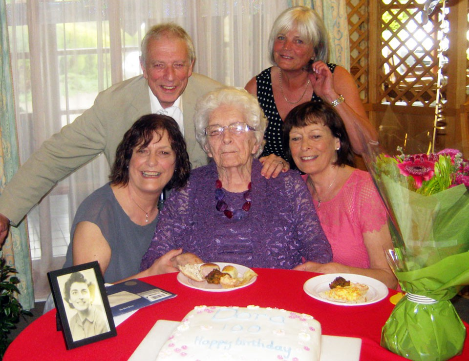 Mrs-Dora-Brown-100th-Birthday-Celebration-019